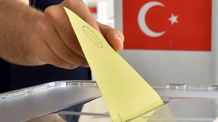 Seçimlerin Erken Yapılması En Çok Reel Sektöre Yarar